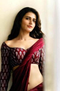 Fatima Sana Shaikh Age, Movies, Height, Biography, Husband, Image(photos), Parents, Religion, Birthday, Net Worth, Education, News, Instagram, Wiki, Facebook, Imdb, Twitter (2)