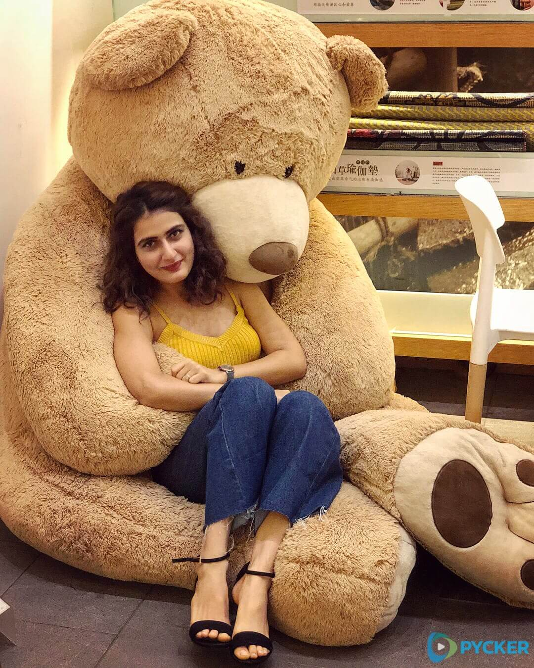 Fatima Sana Shaikh Age, Movies, Height, Biography, Husband, Image(photos), Parents, Religion, Birthday, Net Worth, Education, News, Instagram, Wiki, Facebook, Imdb, Twitter (96)