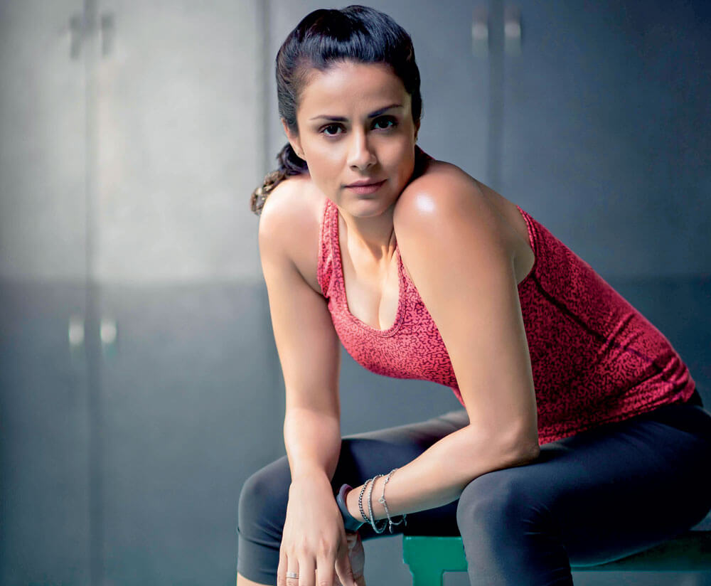 Gul Panag Age, Husband, Education, Pilot, Height, Father, Biography, Height, Son, Haircut, Images, Wedding, Family, Religion, Net Worth, Wiki, Twitter, Instagram, Facebook, Youtube, Website, Imdb (1)