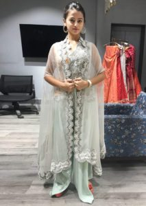 Helly Shah Age, Photos, Biography, Religion, Awards, Family, Height, Birthday, Boyfriend, Net Worth, Education, Instagram, Twitter, Facebook, Wiki, Imdb (13)
