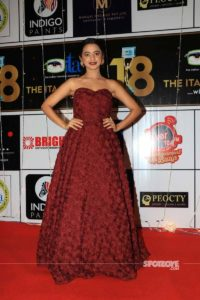 Helly Shah Age, Photos, Biography, Religion, Awards, Family, Height, Birthday, Boyfriend, Net Worth, Education, Instagram, Twitter, Facebook, Wiki, Imdb (31)