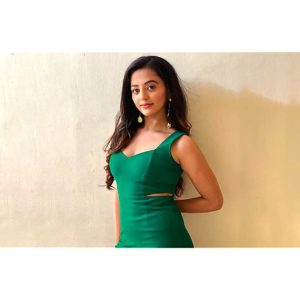 Helly Shah Age, Photos, Biography, Religion, Awards, Family, Height, Birthday, Boyfriend, Net Worth, Education, Instagram, Twitter, Facebook, Wiki, Imdb (35)