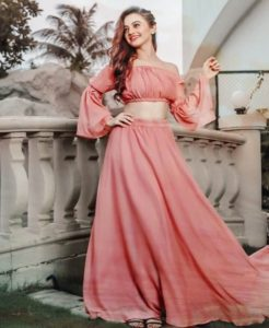 Helly Shah Age, Photos, Biography, Religion, Awards, Family, Height, Birthday, Boyfriend, Net Worth, Education, Instagram, Twitter, Facebook, Wiki, Imdb (41)