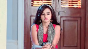 Helly Shah Age, Photos, Biography, Religion, Awards, Family, Height, Birthday, Boyfriend, Net Worth, Education, Instagram, Twitter, Facebook, Wiki, Imdb (47)