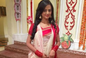Helly Shah Age, Photos, Biography, Religion, Awards, Family, Height, Birthday, Boyfriend, Net Worth, Education, Instagram, Twitter, Facebook, Wiki, Imdb (53)