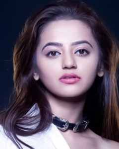 Helly Shah Age, Photos, Biography, Religion, Awards, Family, Height, Birthday, Boyfriend, Net Worth, Education, Instagram, Twitter, Facebook, Wiki, Imdb (60)