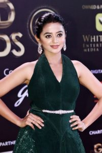 Helly Shah Age, Photos, Biography, Religion, Awards, Family, Height, Birthday, Boyfriend, Net Worth, Education, Instagram, Twitter, Facebook, Wiki, Imdb (61)