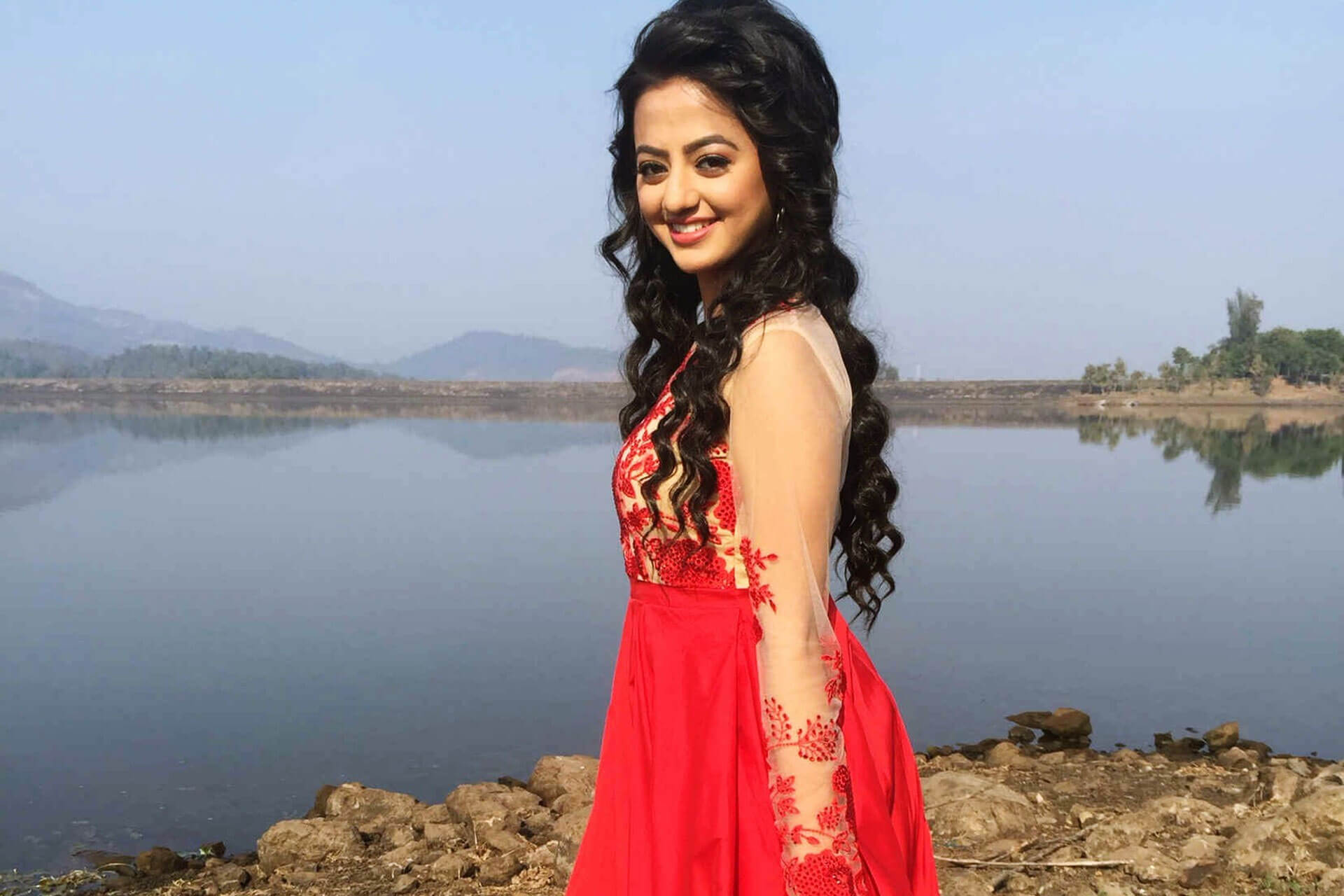 Helly Shah Age, Photos, Biography, Religion, Awards, Family, Height, Birthday, Boyfriend, Net Worth, Education, Instagram, Twitter, Facebook, Wiki, Imdb (68)