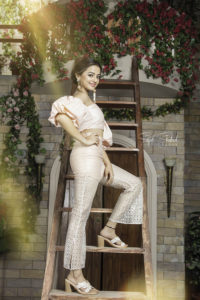Helly Shah Age, Photos, Biography, Religion, Awards, Family, Height, Birthday, Boyfriend, Net Worth, Education, Instagram, Twitter, Facebook, Wiki, Imdb (72)
