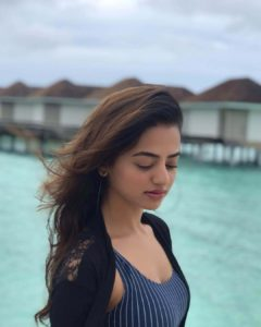 Helly Shah Age, Photos, Biography, Religion, Awards, Family, Height, Birthday, Boyfriend, Net Worth, Education, Instagram, Twitter, Facebook, Wiki, Imdb (81)