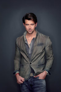Hrithik Roshan Age, Movie, Height, Wife, Photos(images), Height, News, Dance, Son, Birthday, Family, Biography, Kids, Awards, Education,religion, Instagram, Twitter, Facebook, Wiki, Youtube, ( (156)