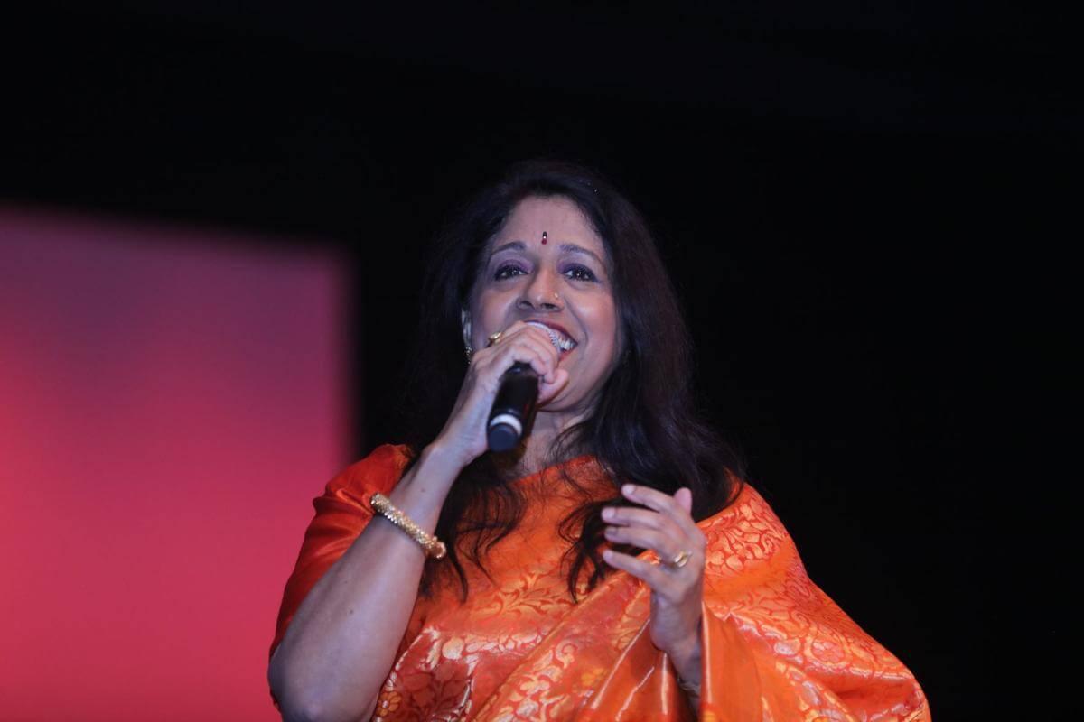 Kavita Krishnamurthy Songs, Age, Husband, Awards, Date Of Birth, Height, Biography, Image(photo), Family, Net Worth, Instagram, Wiki, Fcebook, Twitter, Imdb (1)