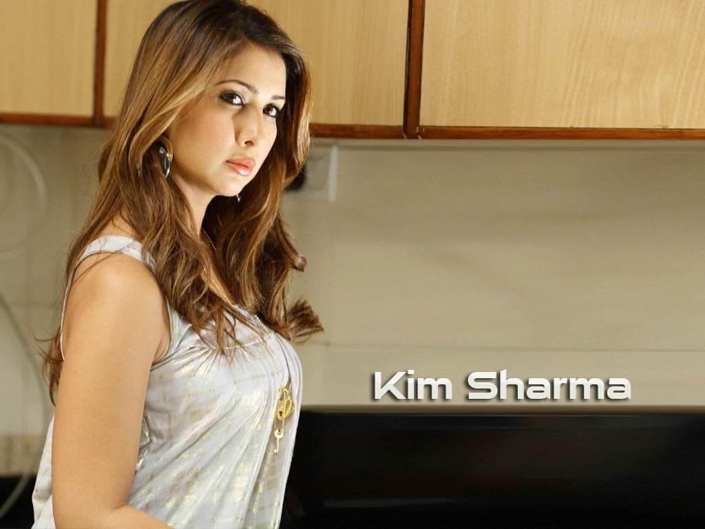 Kim Sharma Age, Husband, Movies, Boyfriend, Biography, Marriage, Image, Parents, Net Worth, Date Of Birth, Education, Instagram, Wiki, Twitter, Facebook, Imdb (4) (1) class=