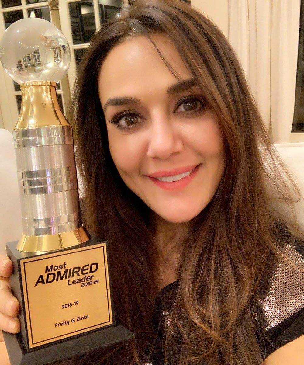 Preity Zinta Age, Husband, Photo(image), Height, Family, Marriage, Biography, Net Worth, Birthday Date, Kids, Education, Awards, Instagram, Wiki, Twitter, Imdb, Facebook (13)