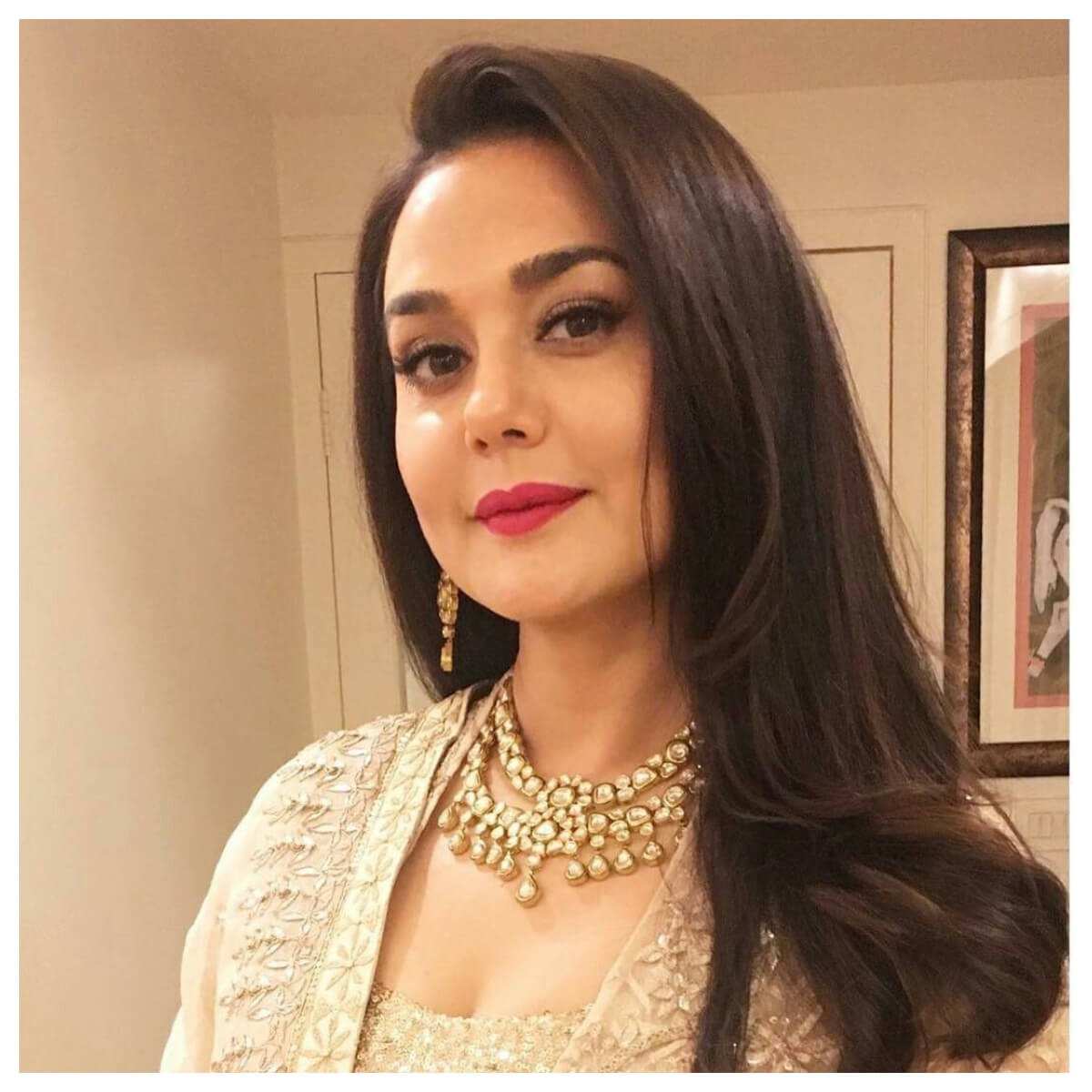 Preity Zinta Age, Husband, Photo(image), Height, Family, Marriage, Biography, Net Worth, Birthday Date, Kids, Education, Awards, Instagram, Wiki, Twitter, Imdb, Facebook (32)