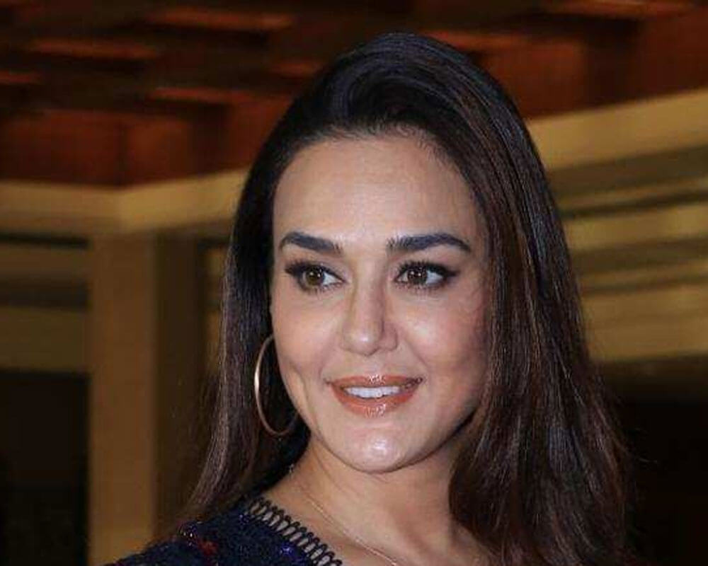 Preity Zinta Age, Husband, Photo(image), Height, Family, Marriage, Biography, Net Worth, Birthday Date, Kids, Education, Awards, Instagram, Wiki, Twitter, Imdb, Facebook (73)