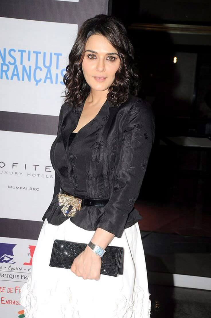 Preity Zinta Age, Husband, Photo(image), Height, Family, Marriage, Biography, Net Worth, Birthday Date, Kids, Education, Awards, Instagram, Wiki, Twitter, Imdb, Facebook (74)