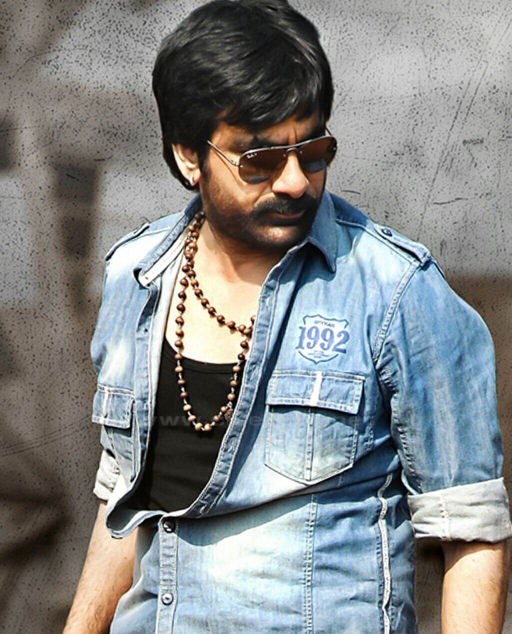 Ravi Teja Movie, Photos(images), Date Of Birth, Family, Brother, Height, Biography, Net Worth, Age, Wife, Details, Education, Instagram, Twitter, Wiki, Imdb, Facebook, Hairstyle, Youtube (3)
