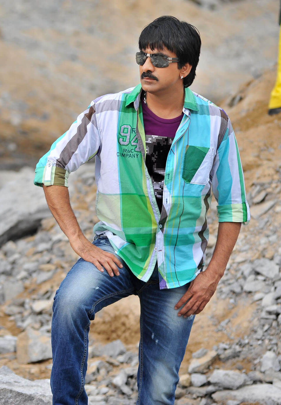 Ravi Teja Movie, Photos(images), Date Of Birth, Family, Brother, Height, Biography, Net Worth, Age, Wife, Details, Education, Instagram, Twitter, Wiki, Imdb, Facebook, Hairstyle, Youtube (39)