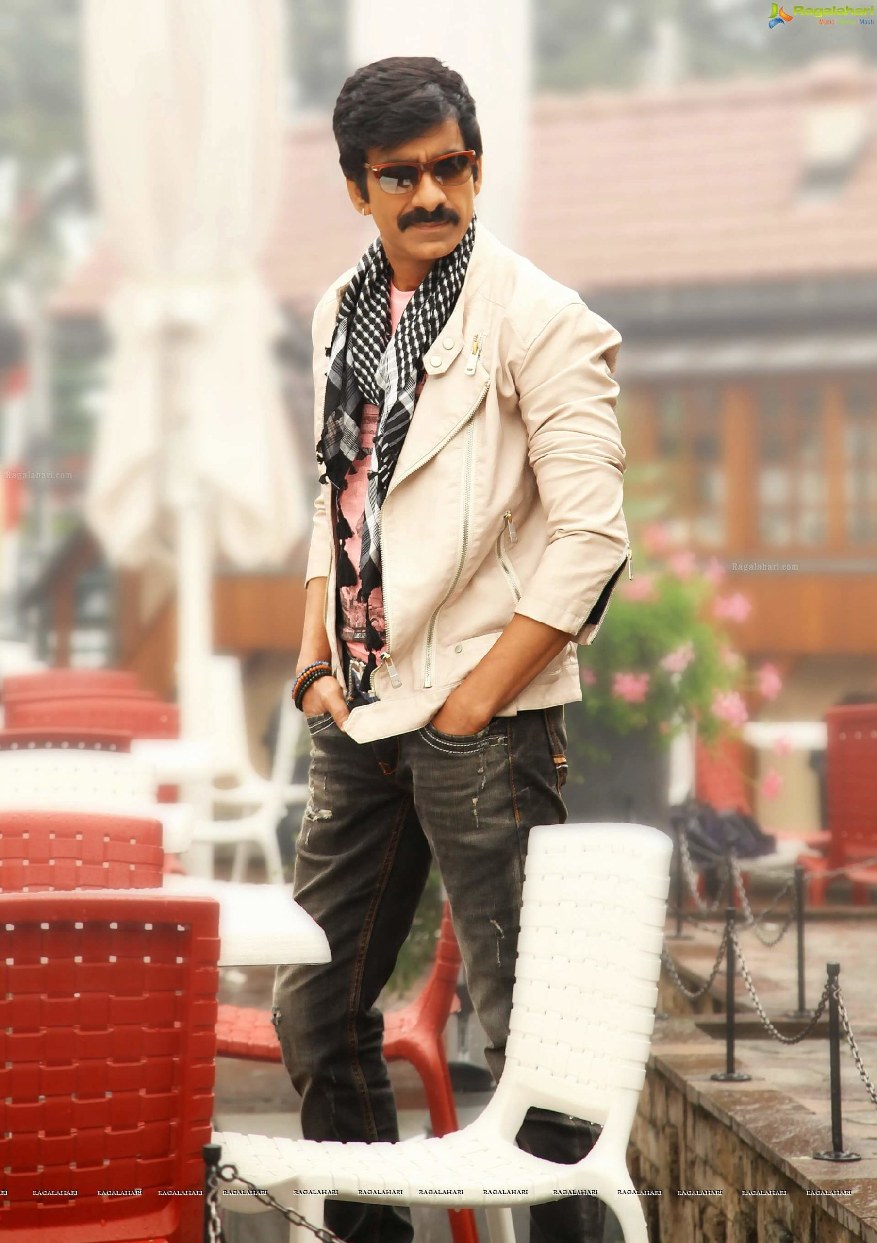 Ravi Teja Movie, Photos(images), Date Of Birth, Family, Brother, Height, Biography, Net Worth, Age, Wife, Details, Education, Instagram, Twitter, Wiki, Imdb, Facebook, Hairstyle, Youtube (56)