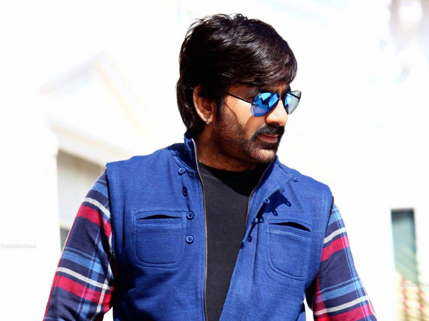 Ravi Teja Movie, Photos(images), Date Of Birth, Family, Brother, Height, Biography, Net Worth, Age, Wife, Details, Education, Instagram, Twitter, Wiki, Imdb, Facebook, Hairstyle, Youtube (59)