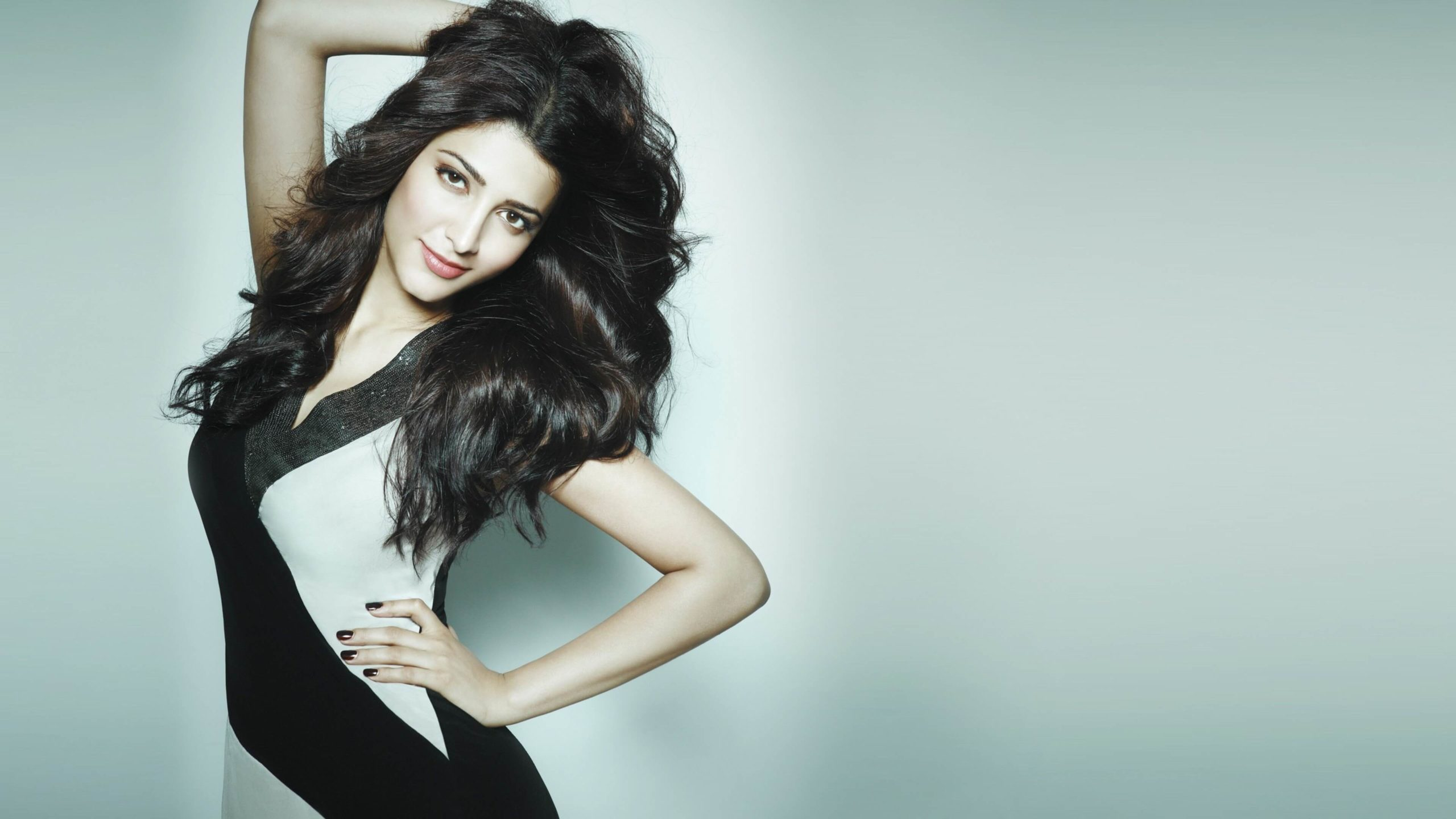 Shruti Haasan Age, Image(photos), Date Of Birth, Height, Boyfriend, Sister, Mother, Religion, Biography, Marriage, Family, Net Worth, Education, Awards, Instagram, Twitter, Wiki, Facebook, Imd ( (141)