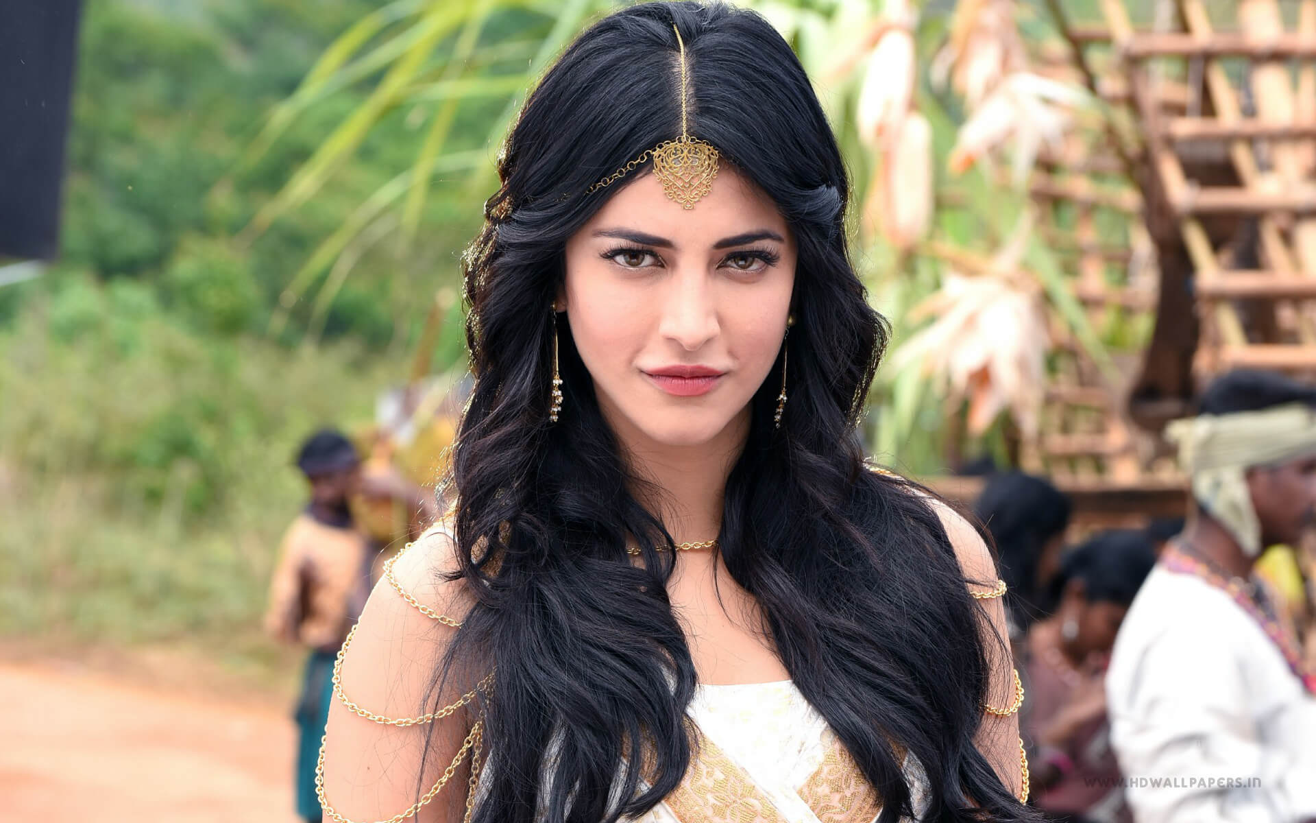 Shruti Haasan Age, Image(photos), Date Of Birth, Height, Boyfriend, Sister, Mother, Religion, Biography, Marriage, Family, Net Worth, Education, Awards, Instagram, Twitter, Wiki, Facebook, Imd ( (147)