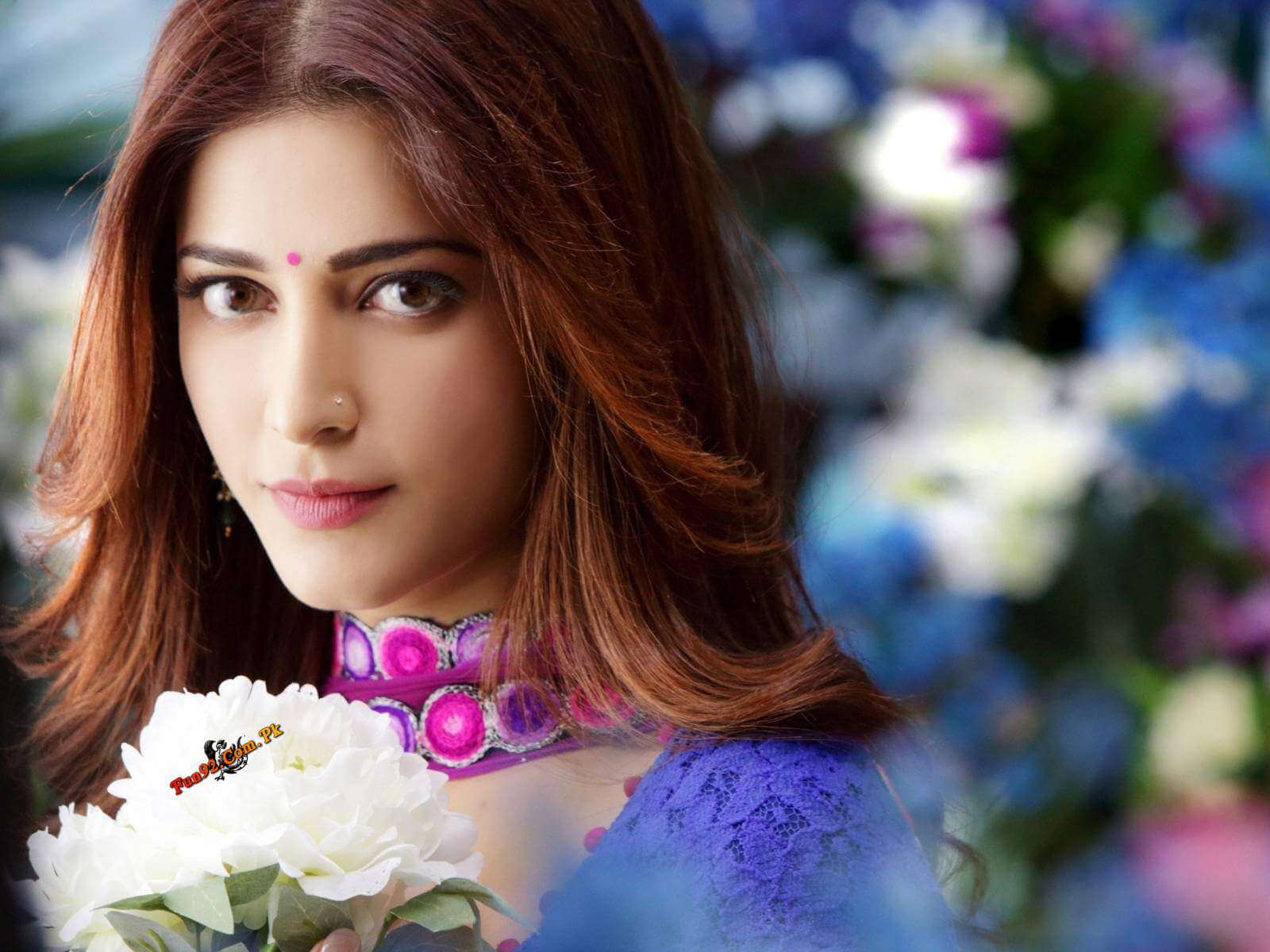 Shruti Haasan Age, Image(photos), Date Of Birth, Height, Boyfriend, Sister, Mother, Religion, Biography, Marriage, Family, Net Worth, Education, Awards, Instagram, Twitter, Wiki, Facebook, Imd ( (175)