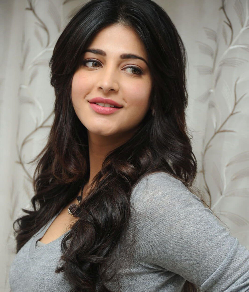 Shruti Haasan Age, Image(photos), Date Of Birth, Height, Boyfriend, Sister, Mother, Religion, Biography, Marriage, Family, Net Worth, Education, Awards, Instagram, Twitter, Wiki, Facebook, Imd ( (176)