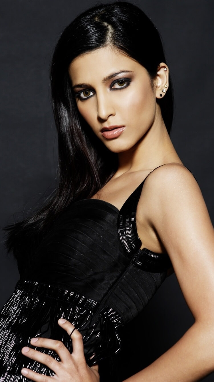 Shruti Haasan Age, Image(photos), Date Of Birth, Height, Boyfriend, Sister, Mother, Religion, Biography, Marriage, Family, Net Worth, Education, Awards, Instagram, Twitter, Wiki, Facebook, Imd ( (182)