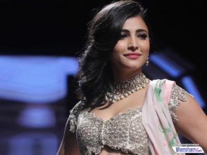 Shruti Haasan Age, Image(photos), Date Of Birth, Height, Boyfriend, Sister, Mother, Religion, Biography, Marriage, Family, Net Worth, Education, Awards, Instagram, Twitter, Wiki, Facebook, Imd ( (183)