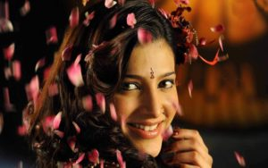 Shruti Haasan Age, Image(photos), Date Of Birth, Height, Boyfriend, Sister, Mother, Religion, Biography, Marriage, Family, Net Worth, Education, Awards, Instagram, Twitter, Wiki, Facebook, Imd ( (196)