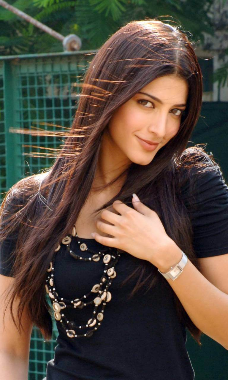 Shruti Haasan Age, Image(photos), Date Of Birth, Height, Boyfriend, Sister, Mother, Religion, Biography, Marriage, Family, Net Worth, Education, Awards, Instagram, Twitter, Wiki, Facebook, Imd ( (206)