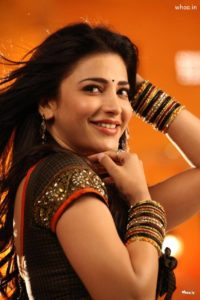 Shruti Haasan Age, Image(photos), Date Of Birth, Height, Boyfriend, Sister, Mother, Religion, Biography, Marriage, Family, Net Worth, Education, Awards, Instagram, Twitter, Wiki, Facebook, Imd ( (209)