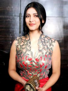 Shruti Haasan Age, Image(photos), Date Of Birth, Height, Boyfriend, Sister, Mother, Religion, Biography, Marriage, Family, Net Worth, Education, Awards, Instagram, Twitter, Wiki, Facebook, Imd ( (221)