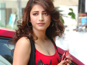 Shruti Haasan Age, Image(photos), Date Of Birth, Height, Boyfriend, Sister, Mother, Religion, Biography, Marriage, Family, Net Worth, Education, Awards, Instagram, Twitter, Wiki, Facebook, Imd ( (238)