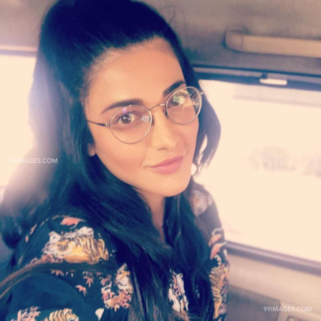 Shruti Haasan Age, Image(photos), Date Of Birth, Height, Boyfriend, Sister, Mother, Religion, Biography, Marriage, Family, Net Worth, Education, Awards, Instagram, Twitter, Wiki, Facebook, Imd ( (249)