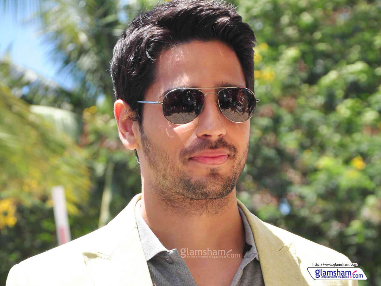 Sidharth Malhotra Movies, Height, Age, Photos, Birth Date, Biography, Girlfriend, Family, Hairstyle, Education, Details, Net Worth, Awards, Wiki, Instagram, Facebook, Imdb, Twitter (28)