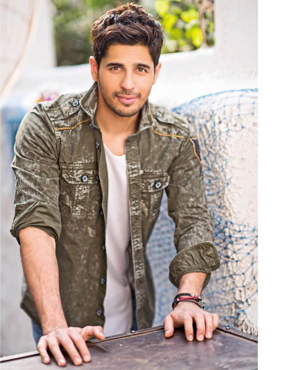 Sidharth Malhotra Movies, Height, Age, Photos, Birth Date, Biography, Girlfriend, Family, Hairstyle, Education, Details, Net Worth, Awards, Wiki, Instagram, Facebook, Imdb, Twitter (44)