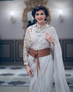 Sonali Bendre Cancer, Death, Photos(image), Family, Husband, Biography, Date Of Birth, Movies, Latest News, Haircut, Net Worth, Married, Education, Son, Awards, Instagram, Wiki, Twitter, Faceb ( (13)