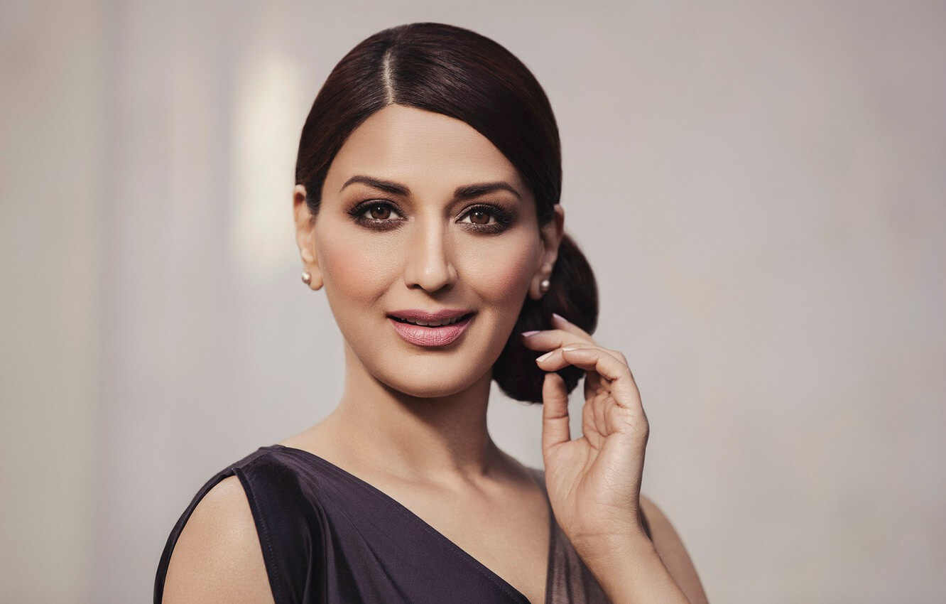 Sonali Bendre Cancer, Death, Photos(image), Family, Husband, Biography, Date Of Birth, Movies, Latest News, Haircut, Net Worth, Married, Education, Son, Awards, Instagram, Wiki, Twitter, Faceb ( (24)
