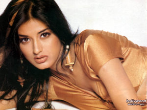 Sonali Bendre Cancer, Death, Photos(image), Family, Husband, Biography, Date Of Birth, Movies, Latest News, Haircut, Net Worth, Married, Education, Son, Awards, Instagram, Wiki, Twitter, Faceb ( (3)