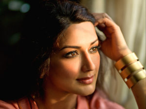 Sonali Bendre Cancer, Death, Photos(image), Family, Husband, Biography, Date Of Birth, Movies, Latest News, Haircut, Net Worth, Married, Education, Son, Awards, Instagram, Wiki, Twitter, Faceb ( (53)