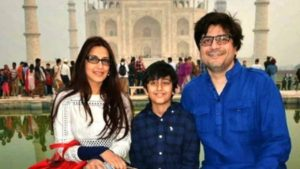 Sonali Bendre Cancer, Death, Photos(image), Family, Husband, Biography, Date Of Birth, Movies, Latest News, Haircut, Net Worth, Married, Education, Son, Awards, Instagram, Wiki, Twitter, Faceb ( (63)