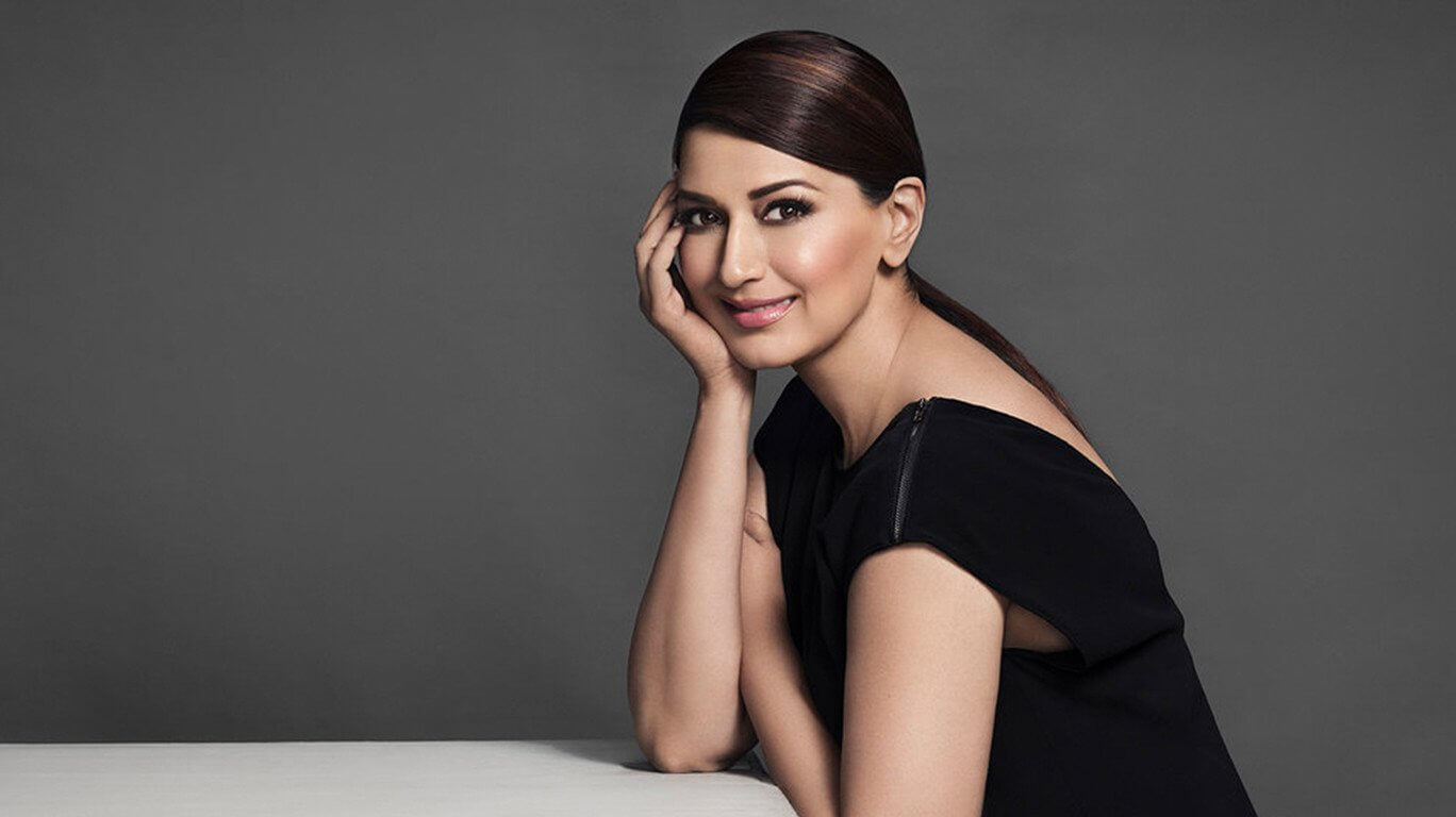 Sonali Bendre cancer, death, photos(image), family, husband, biography, date of birth, movies, latest news, haircut, net worth, married, education, son, awards, instagram, wiki, twitter, facebook, imdb