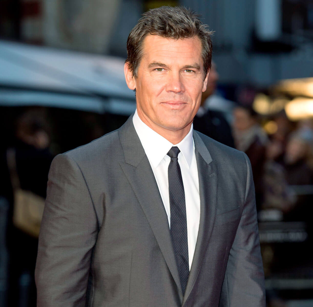 Josh Brolin Movies, Thanos, Height, Net Worth, Wife, Age, Mother, Kids, Haircut, Images, Daughter, Birthday, Biography, Married, Awards, Instagram, Imdb, Wiki, Facebook, Twitter (4) (1)class=