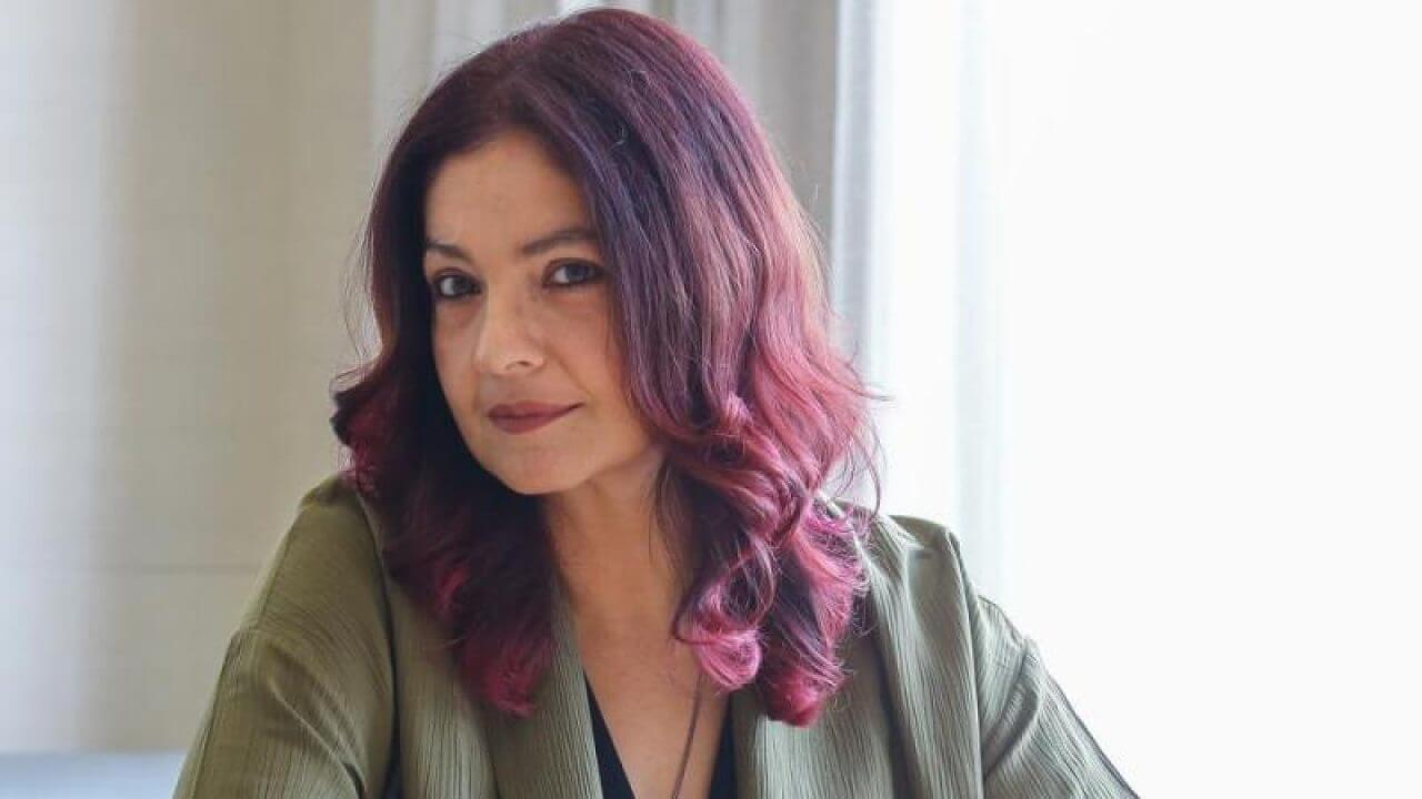 Pooja Bhatt Age, Mother, Husband, Movies, Daughter, Biography, Birthday, Net Worth, Husband, Height, Images(photos), Awards, Instagram, Twitter, Facebook, Wiki, Imdb (6) (1)