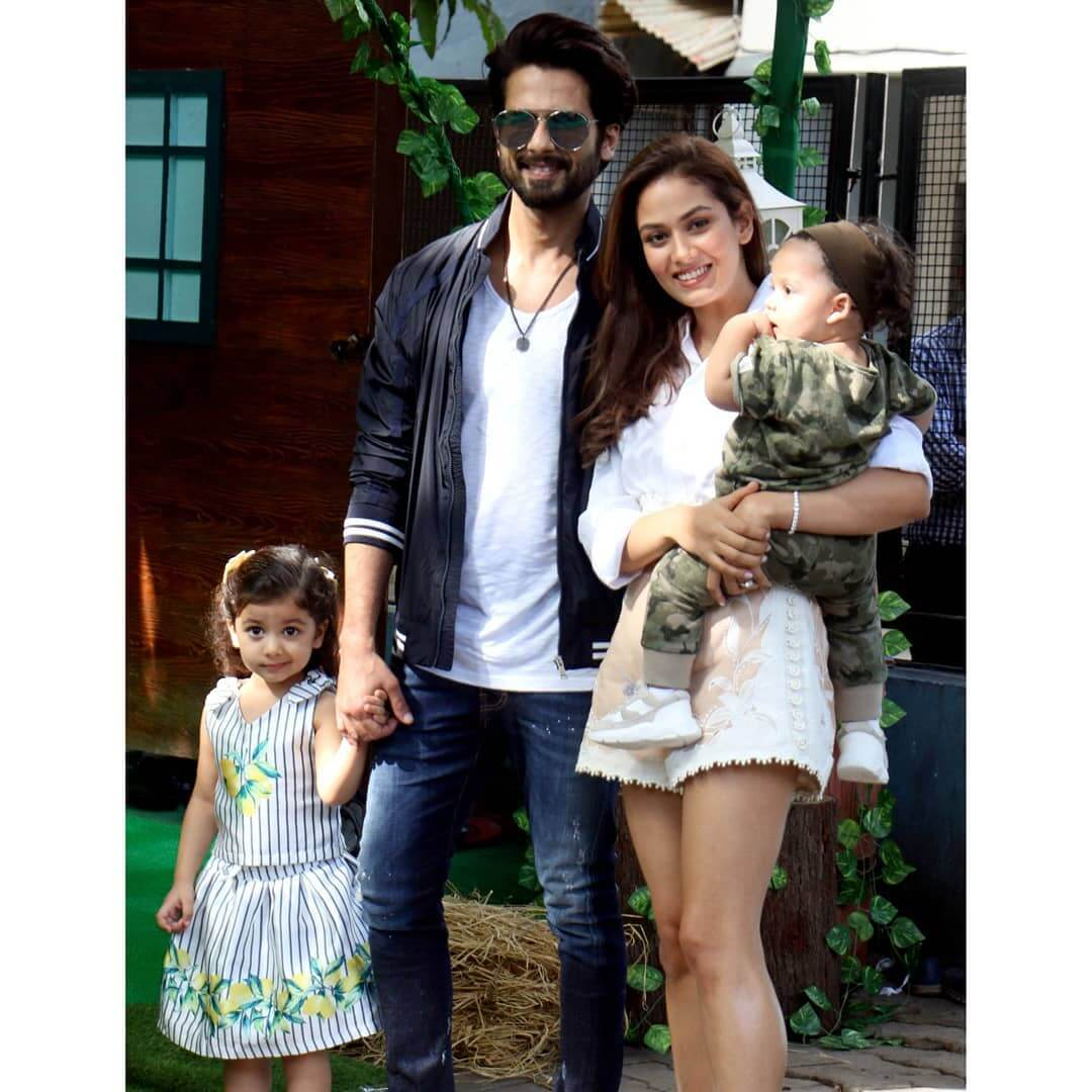 Shahid Kapoor Age, Wife, Height, Movie, Hairstyle, Family, Images(photos), Net Worth, Brother, Education, Biography, Date Of Birth, Awards, Twitter, Instagram, Wiki, Facebook, Imdb, Website (17)