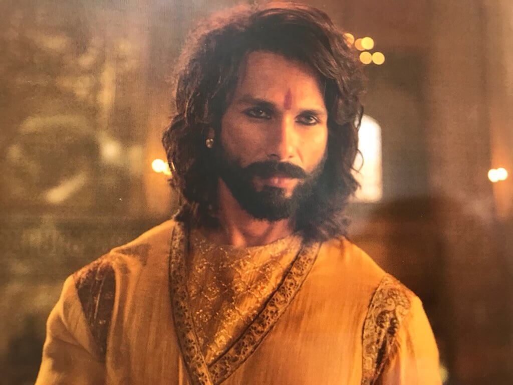 Shahid Kapoor Age, Wife, Height, Movie, Hairstyle, Family, Images(photos), Net Worth, Brother, Education, Biography, Date Of Birth, Awards, Twitter, Instagram, Wiki, Facebook, Imdb, Website (24)
