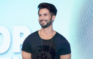 Shahid Kapoor Age, Wife, Height, Movie, Hairstyle, Family, Images(photos), Net Worth, Brother, Education, Biography, Date Of Birth, Awards, Twitter, Instagram, Wiki, Facebook, Imdb, Website (6)